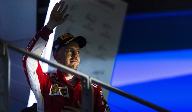 Vettel siempre en el punto de mira