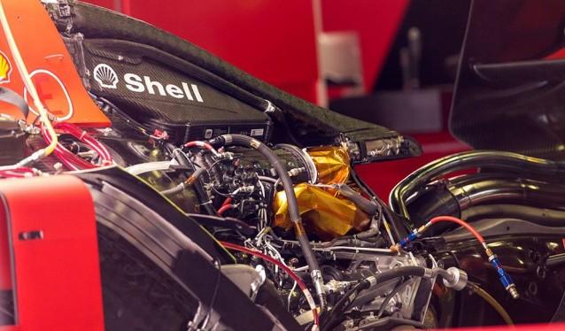 Varios equipos cuestionan la legalidad del motor Ferrari...