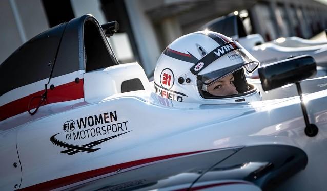 Ferrari y la FIA se asocian en la búsqueda de mujeres piloto