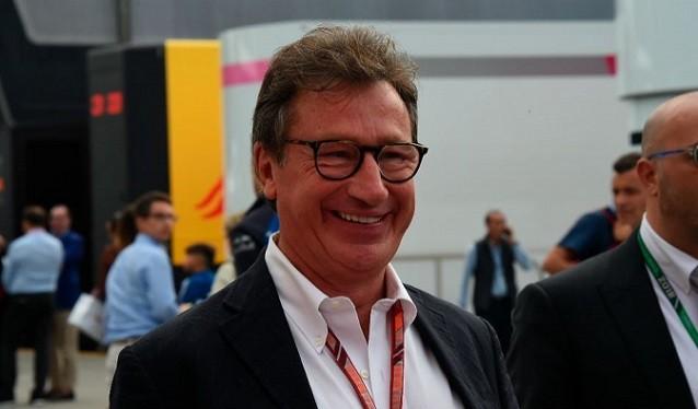 Louis Camilleri dimite de su cargo en Ferrari...