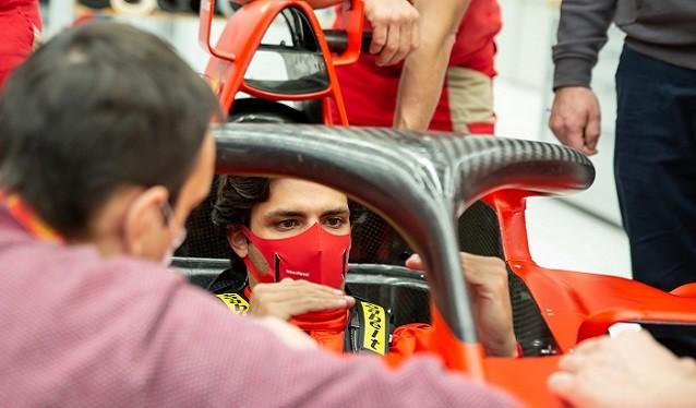 Primer día de Carlos Sainz en Maranello